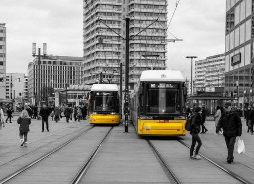 Straßenbahnen auf dem Alexanderplatz