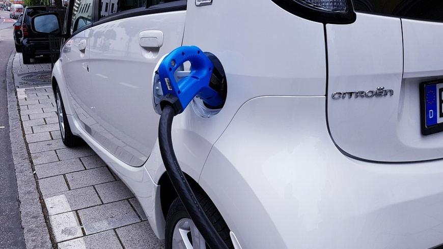 "eMobility: Kilowatt-Tarif statt ""Session Fee"""