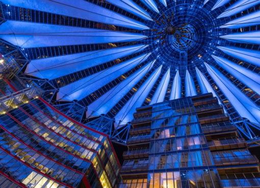 Dachkuppel des Sony Centers